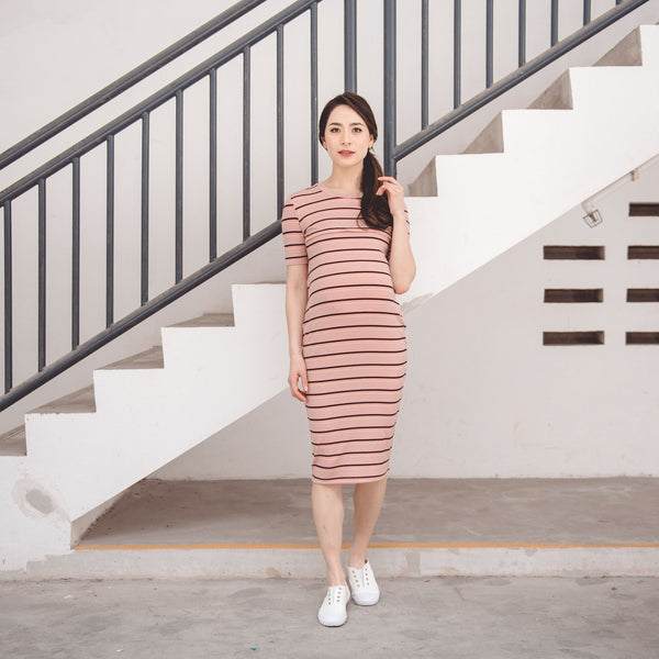 27ef5900ee6aa GWEN KNITTED BODYCON NURSING DRESS .