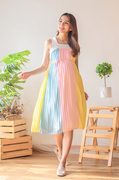 Carrie Contrasted Pleated Nursing Dress