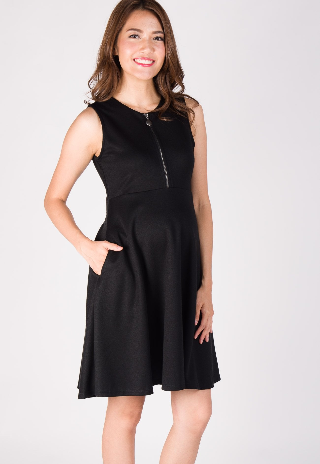 Fit and Flair Front Zip Nursing Dress in Black Nursing Wear Mothercot