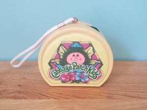 The Cabbage Patch Kids AM Deluxe radio with carrying strap.