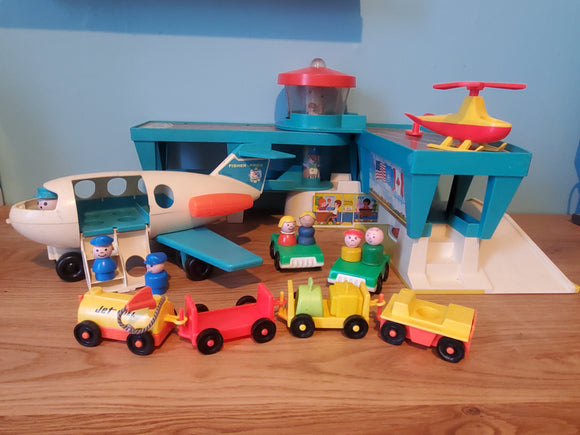 Fisher Price Play Family Airport Playset #996 COMPLETE
