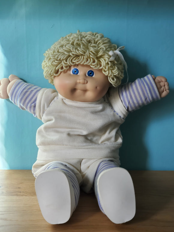 Cabbage Patch Kids OK doll #3 Ash Blonde loop girl