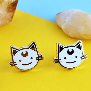 luna white cat earrings by jushmu
