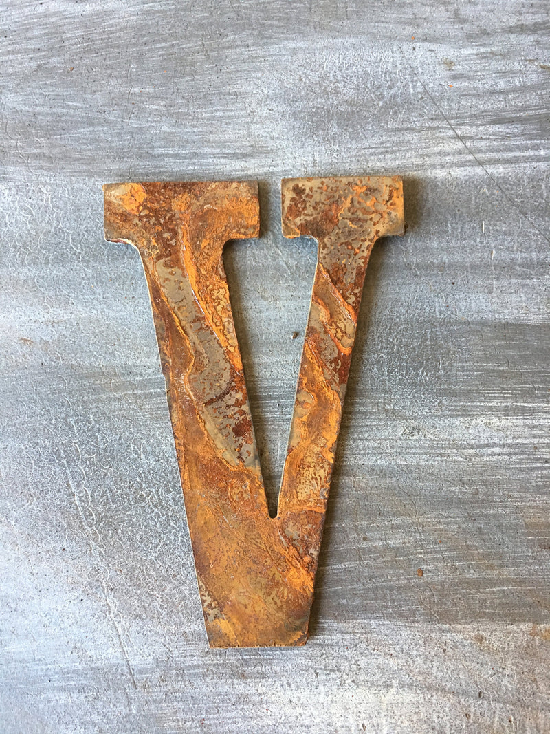 5 Inch Metal Roman Numeral Set - Includes Numerals I-XII -Rusty or Natural Steel Finish