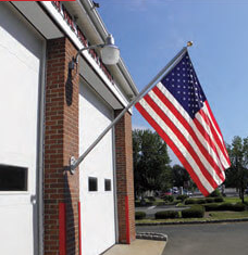 Heavy Duty Residential & Commercial US Flagpole Set and 4x6 U.S Nylon Flag