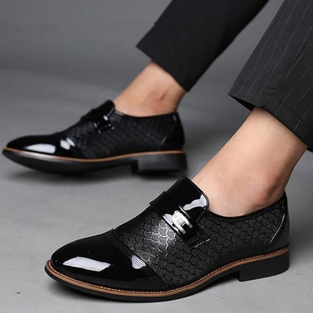 Men's Handmade Embossed Casual Shoes