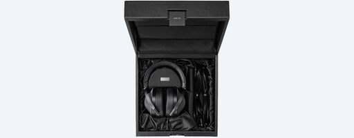 Sony MDR-Z1R Hard case view | SONXPLUS BAX audio video