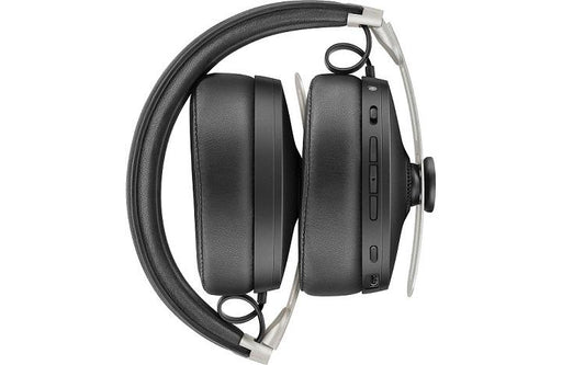Sennheiser MOMENTUM 3 Wireless Close-up view | SONXPLUS BAX audio video
