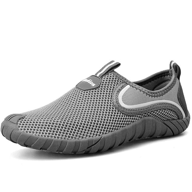 Men Mesh Breathable Non Slip Outdoor Slip On Casual Sneakers