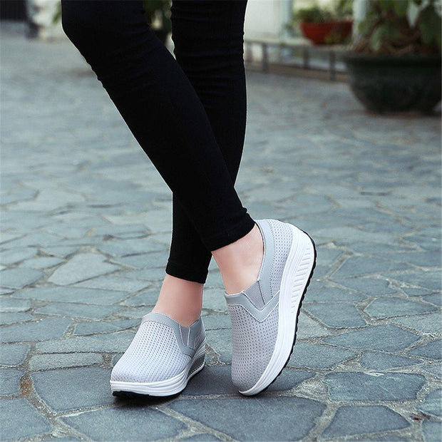 Women's Casual Mesh Breathable Platform Sneakers