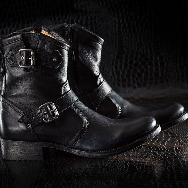 Men's Retro Handcrafted Leather Buckle Mid Boots
