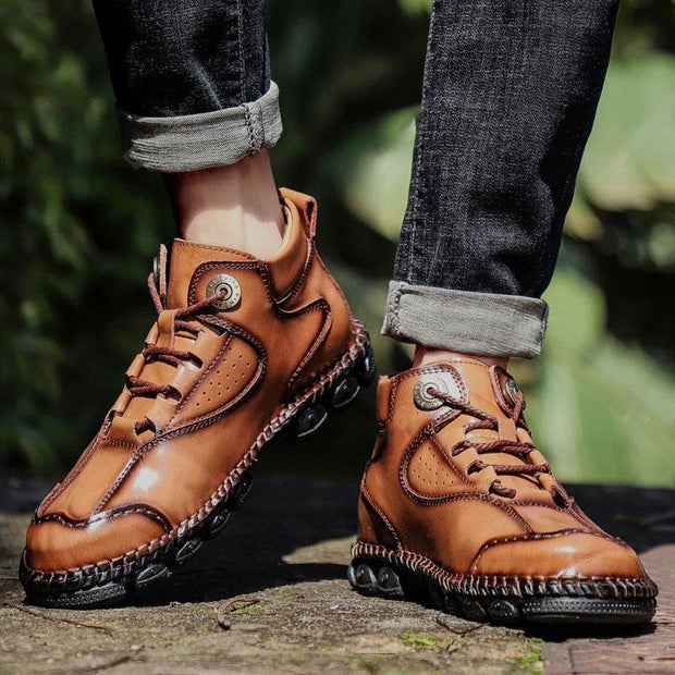 Men Casual Shoes Outdoor Solid Color High-top Lace-Up Leather Boots