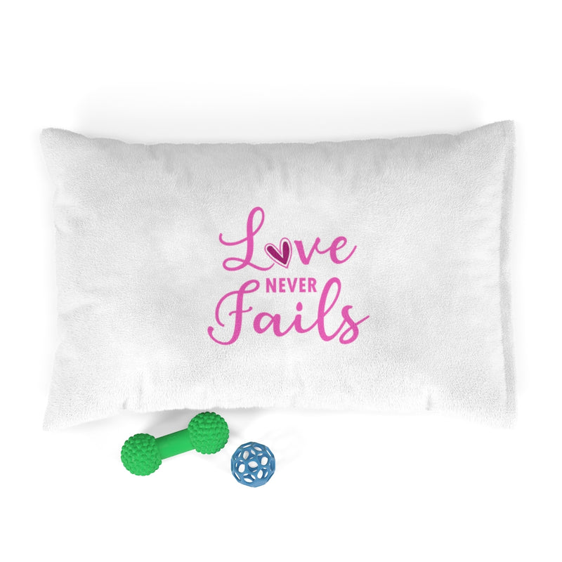 Love Never Fails Pet Bed