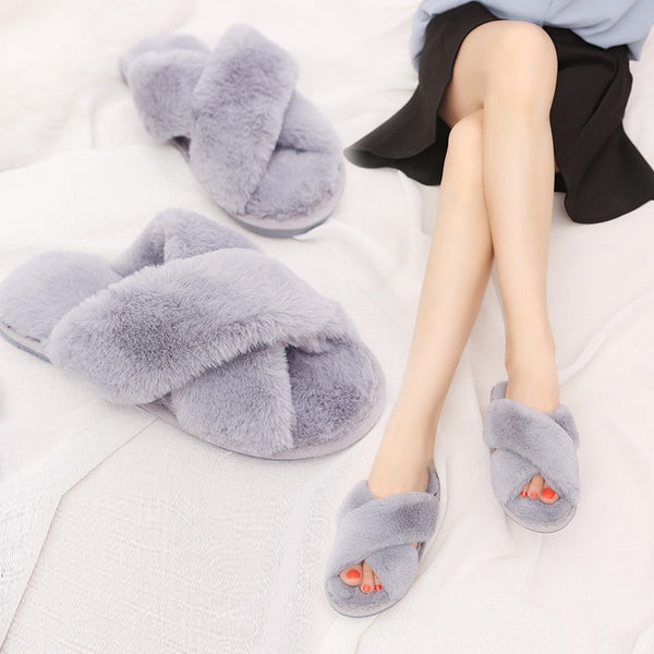 Faux fur slippers womens