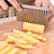 Potato Wavy Edged Knife - gadgets4chef