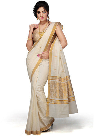 Beautiful Indian Kerala Saree With Gold Border