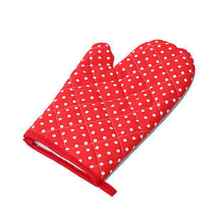 Red Polka Dot Oven Mitt