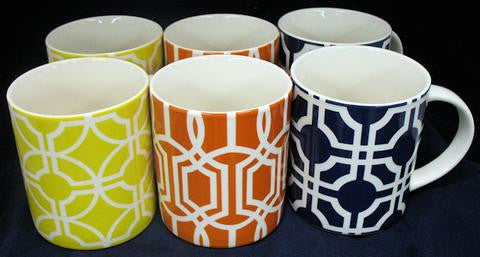 Queen Trellis Ceramic Mug