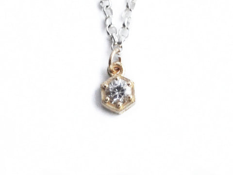 Single Point Hexagon Necklace - Teonella