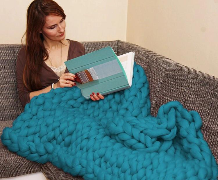 Giant Yarn Knitted Blanket - RAPBLUE