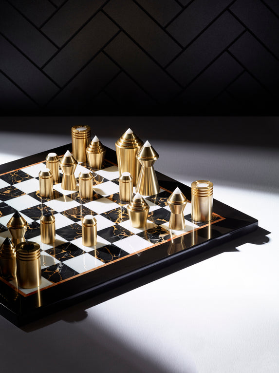 Bert Frank product - Partibus Chess set