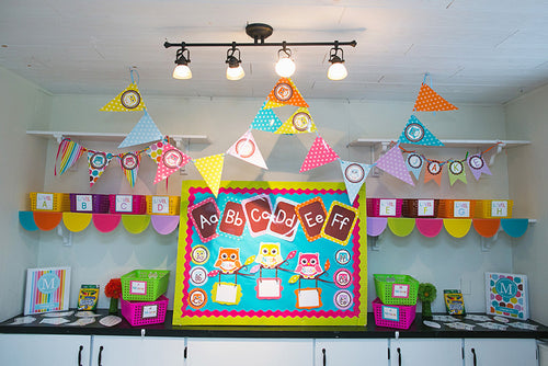 Bright Traditional Pennants {UPRINT}