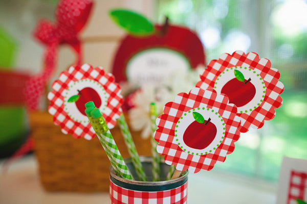 Teacher's Pet Apple Gingham 3 inch Tag {UPRINT}