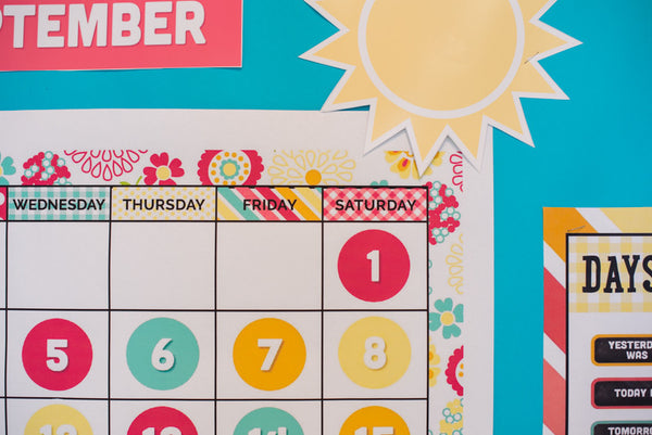 Hello! Sunshine Coral Calendar Set