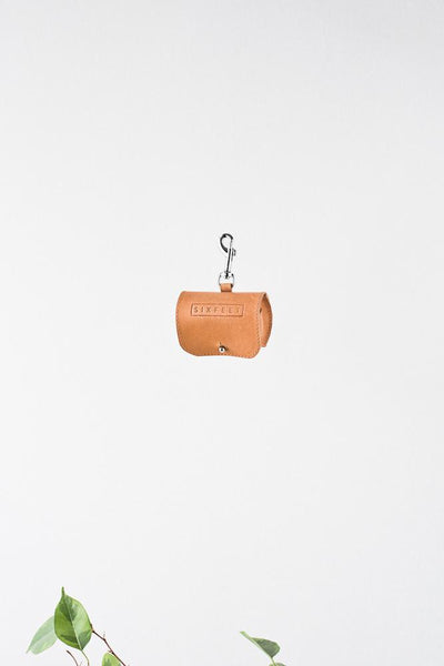 Vegetable tanned leather Poobag Holder - sixfeetdogwear