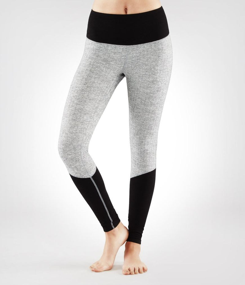 Final Sale! Manduka High Line Legging - Herringbone W/ Black