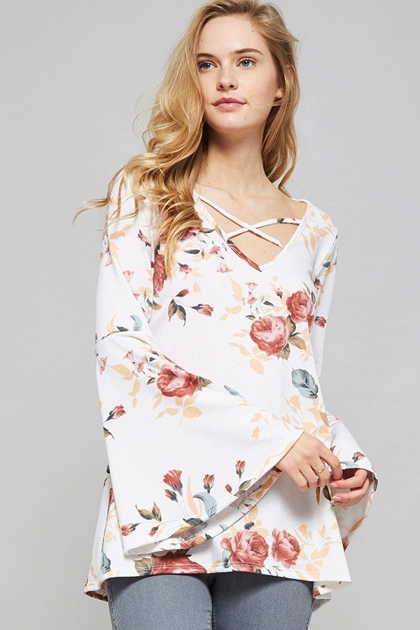 Final Sale Promesa Floral Print Bell Sleeve Top 2080T