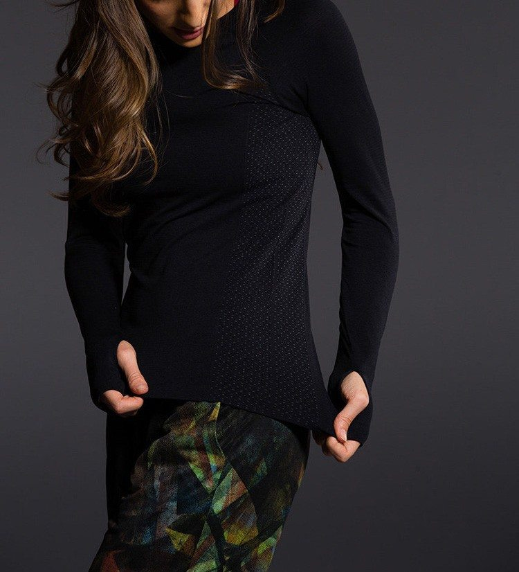Holiday Deal! Onzie Hot Yoga Seamless Long Sleeve Crew 344
