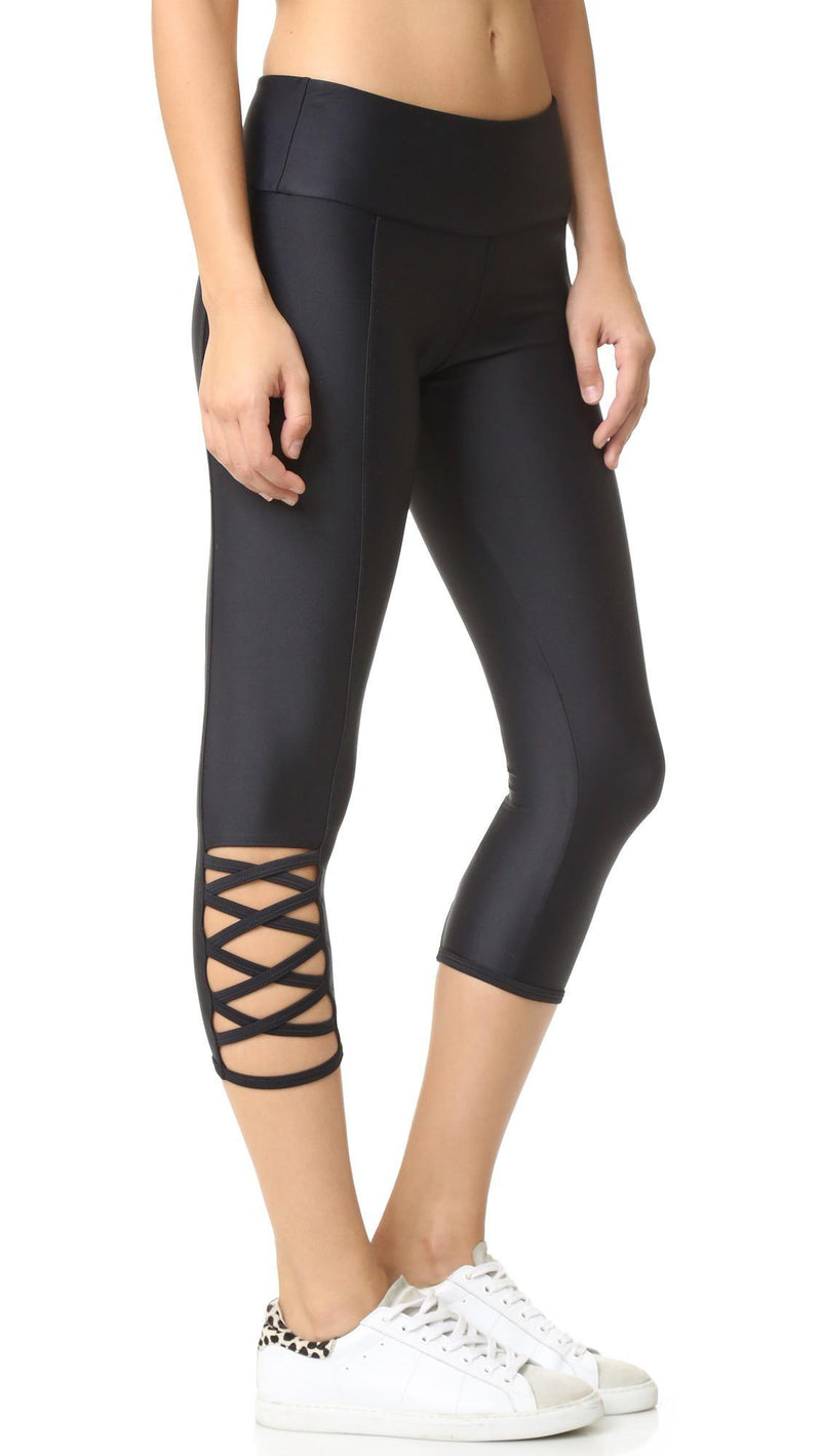 Onzie Hot Yoga Weave Capri 289 - Black - side view