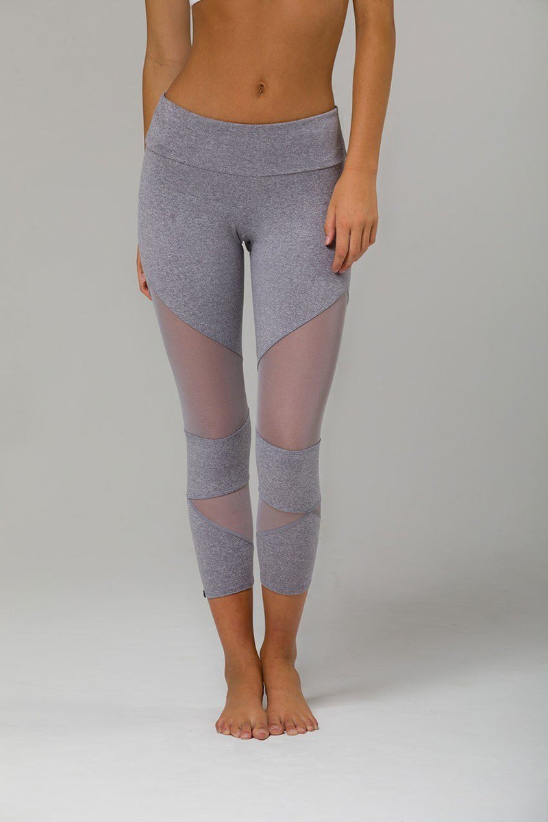 Holiday Deal! Onzie Hot Yoga Cut Out Capri 270