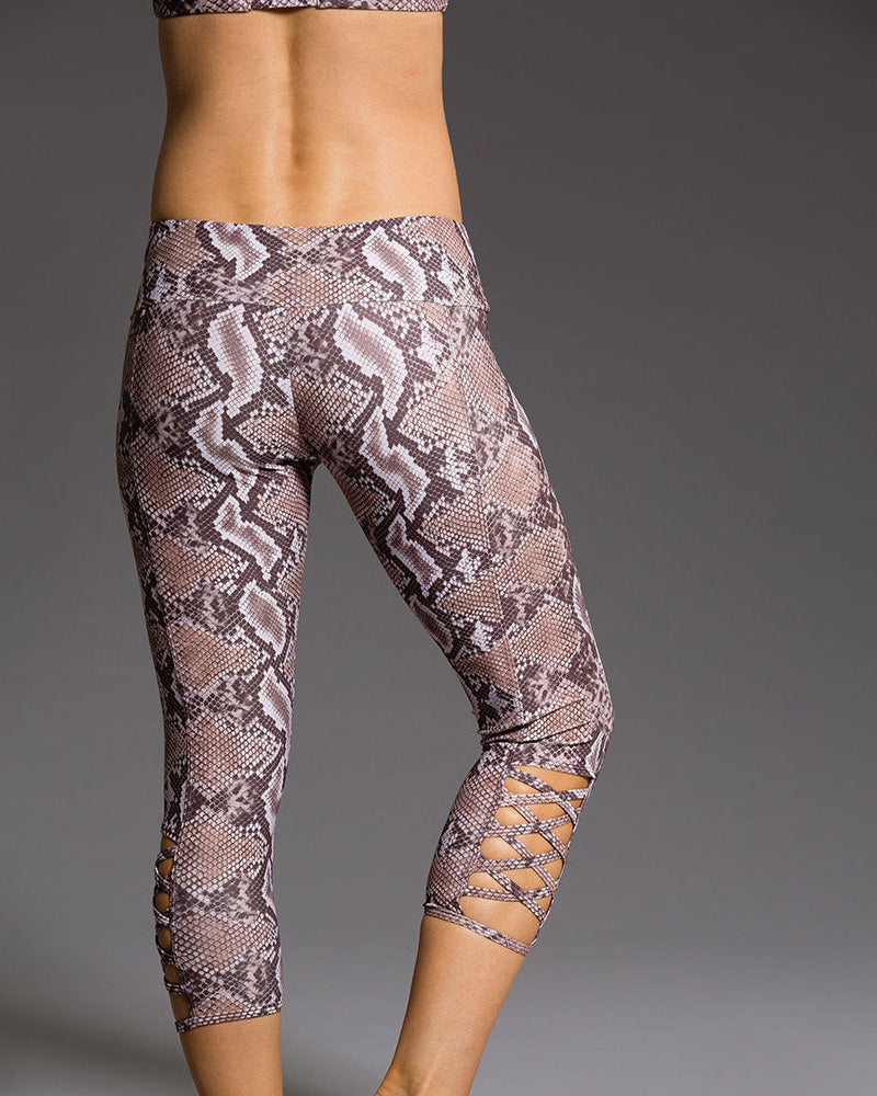 Onzie Hot Yoga Weave Capri 289 - Mamba - rear view