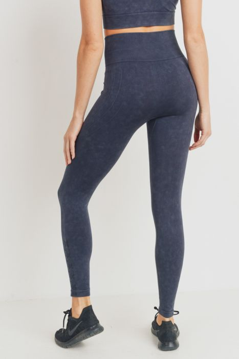 Mono B Waves And Crosses Seamless Leggings APH2721 Black