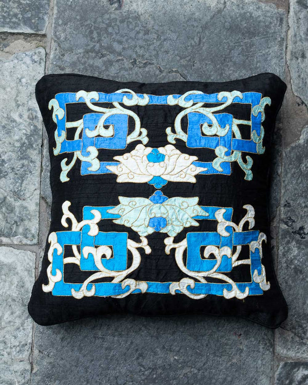 Eternal Knot Cushion Cover (Blue)