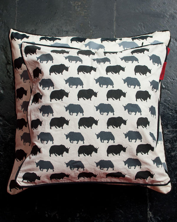 Yaks Cushion Cover Set
