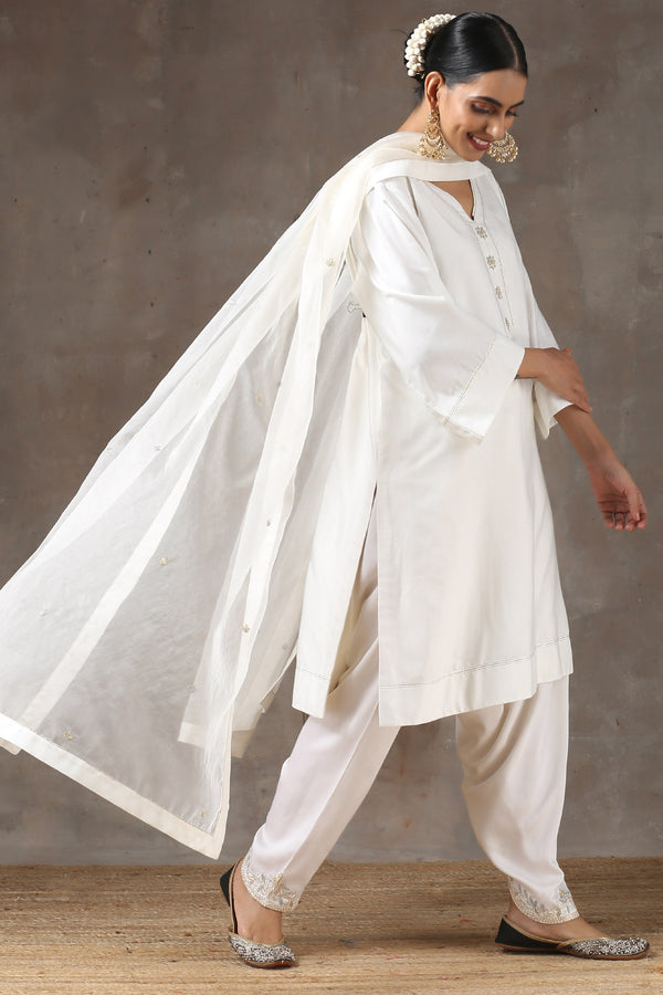 Chandhni Lahoriya Kurta with Peshwa Salwar and Organza Dupatta