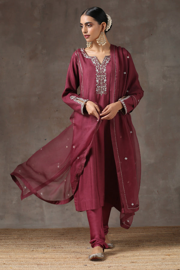Sukhi Mirch Lahoriya Kurta with Chudhidar and Organza Dupatta