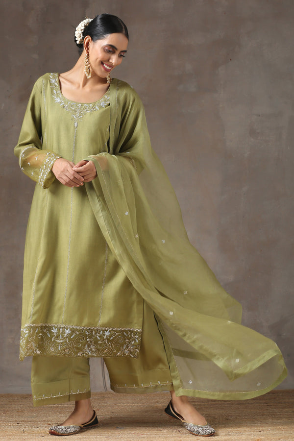 Mehendhi Lahoriya Seedha Kurta with Jama and Organza Dupatta