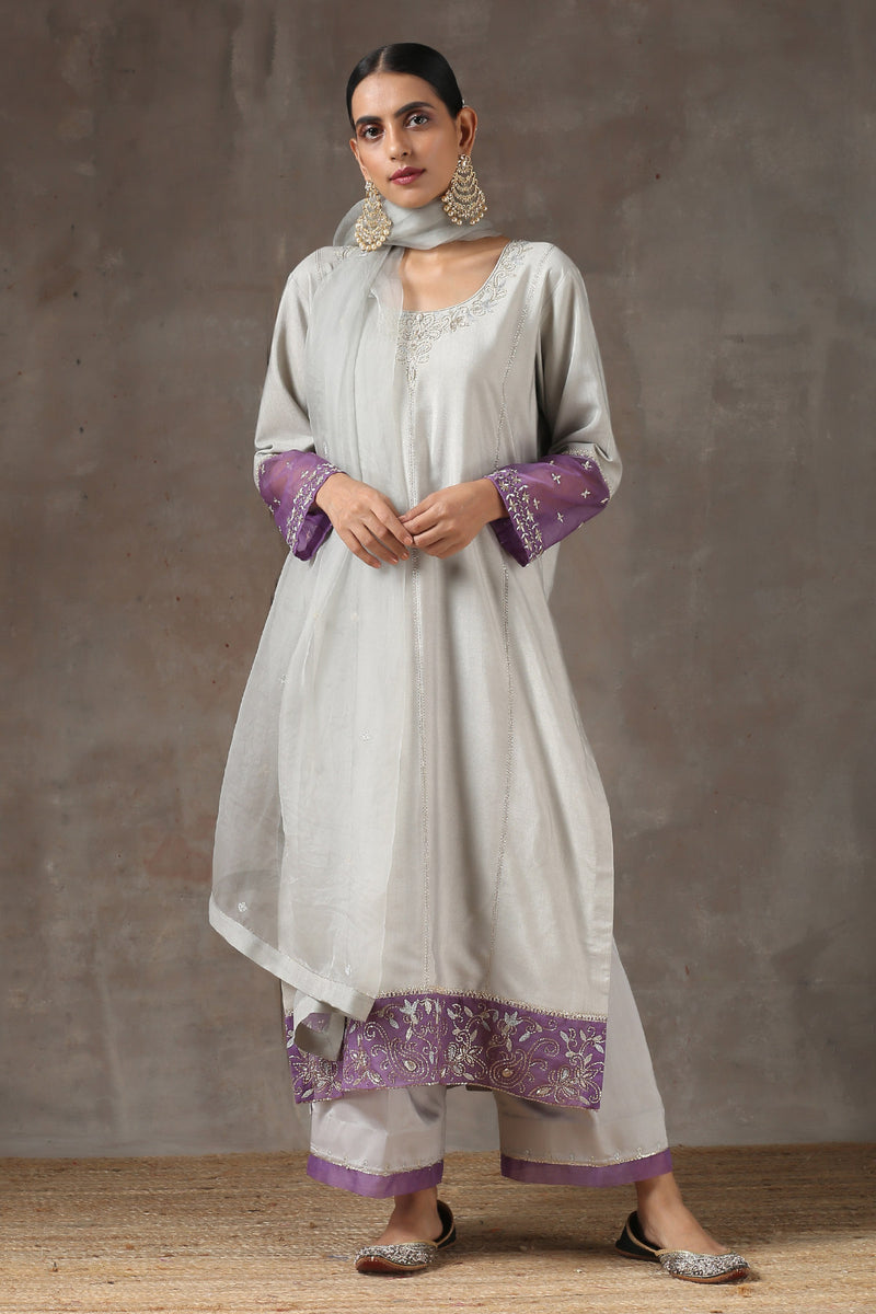 Zameeni Lahoriya Seeda Kurta with Jama and Organza Dupatta