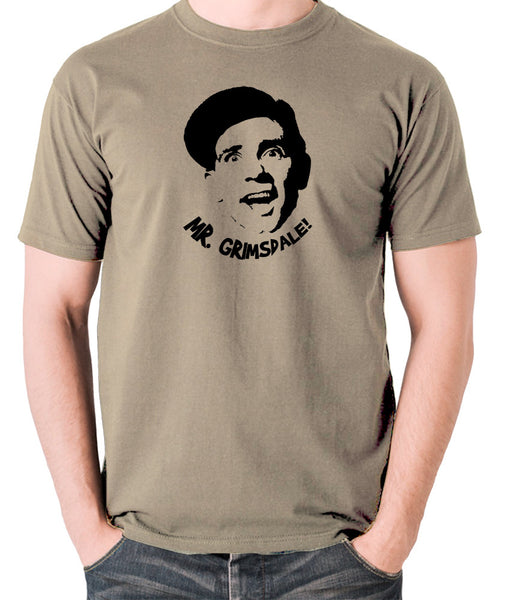 A Stitch in Time - Norman Wisdom, Mr. Grimsdale - Men's T Shirt - khaki