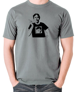 Oscar Wilde Wearing Morrissey T Shirt - Men's T Shirt - grey