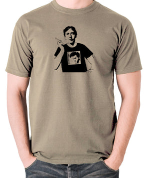 Oscar Wilde Wearing Morrissey T Shirt - Men's T Shirt - khaki