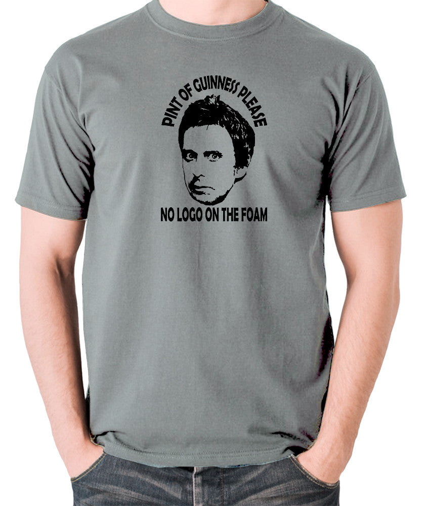 Peep Show - Super Hans, Pint of Guinness Please No Logo in the Foam - Men's T Shirt - grey