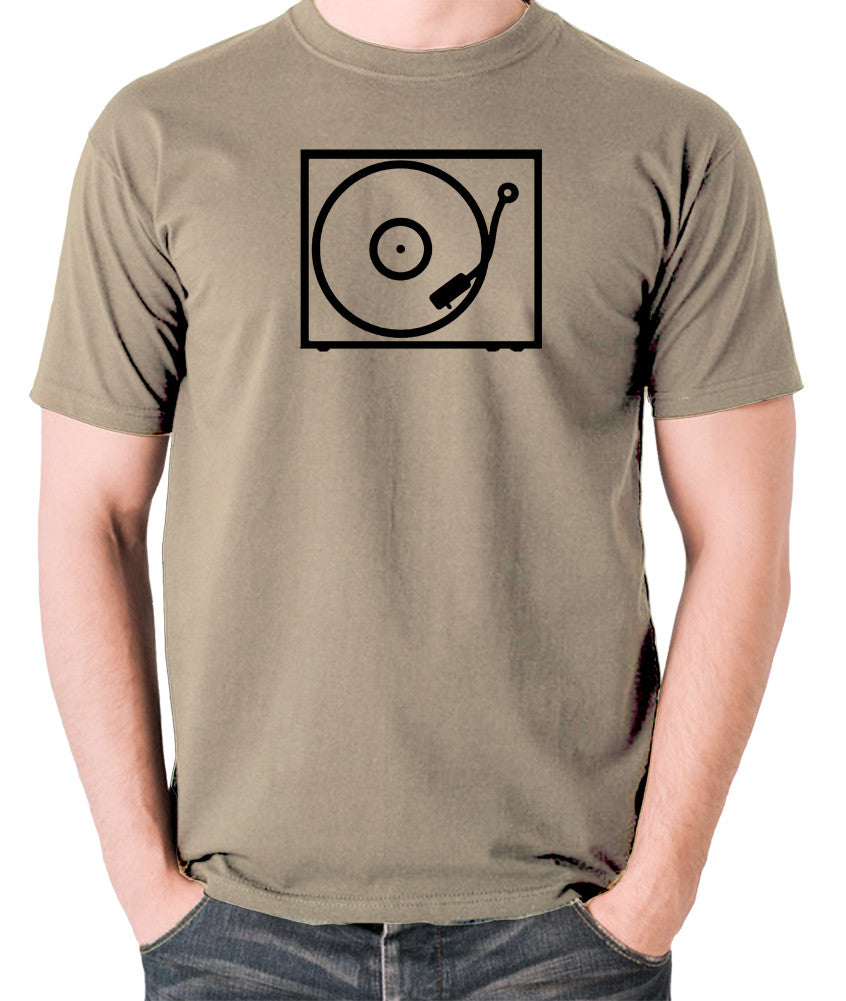 Record Player - Turntable - 1970's Classic - Men's T Shirt - khaki