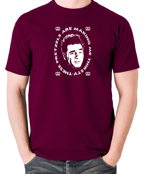 Seinfeld - Kramer, These Pretzels Are Making Me Thirsty - Men's T Shirt - burgundy