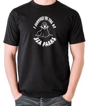 IT Crowd - I Survived The Fire At Seaparks - Men's T Shirt - black