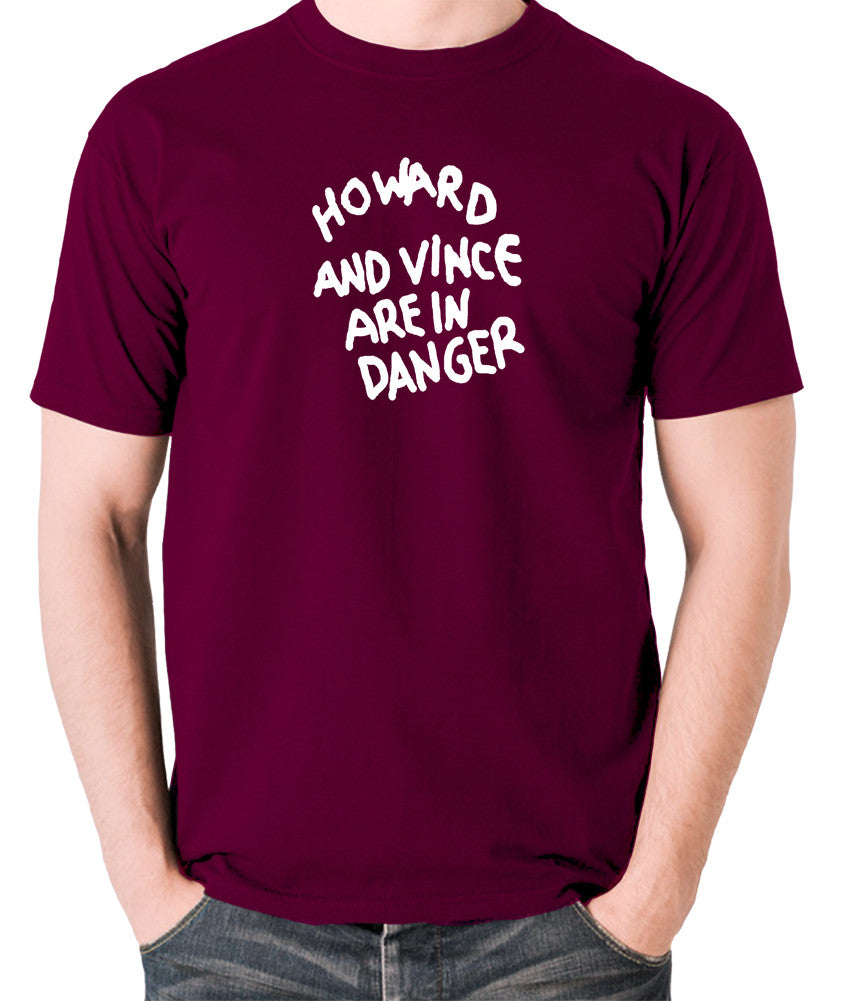 The Mighty Boosh - Howard And Vince Danger - Men's T Shirt - burgundy